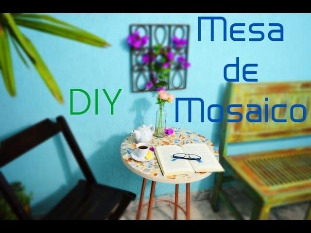 Mesa De Mosaico - Com Caquinhos de Azulejo