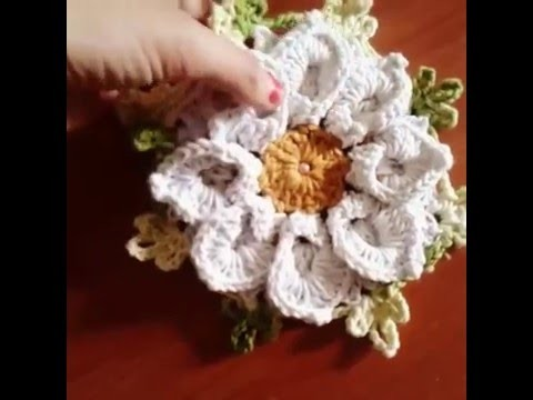 Flor margarida bicuda em crochê