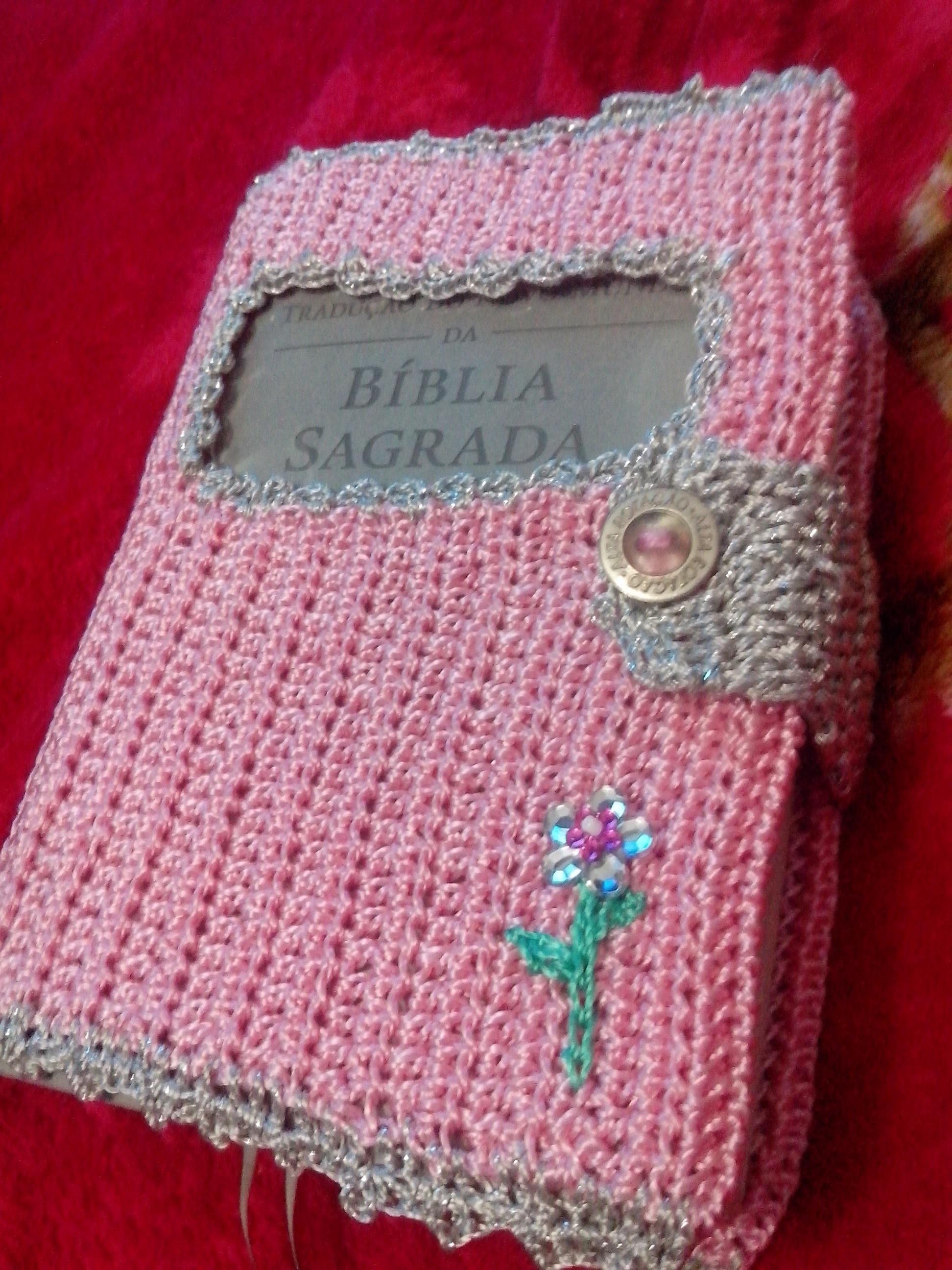 Capa para a bíblia em crochê  by Carina Dias (parte 1)