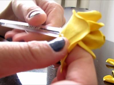 Rosa de E.V.A simples e fácil Sem frisador - Na caneta