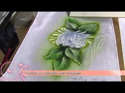 Aprenda a técnica da pintura em tecido molhado