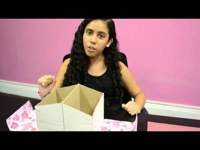 Godllywood Girls: Porta livro