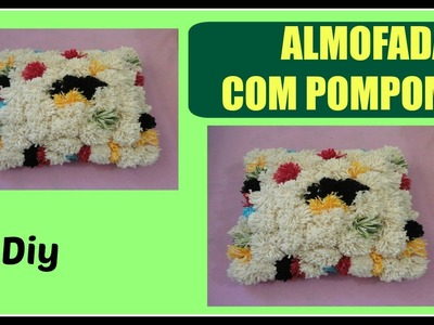 Decore seu quarto com almofada de pompom | Marta Alves
