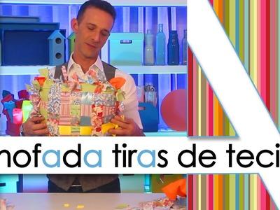 """""""ALMOFADA DE TIRAS DE TECIDO"""""""