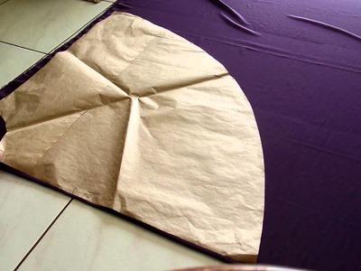 Como dobrar o tecido pra cortar  saia godê  longa e  saia curta sem costuras  laterais. Aula 73