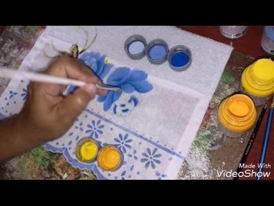 Pintura em tecido rosas azuis.
