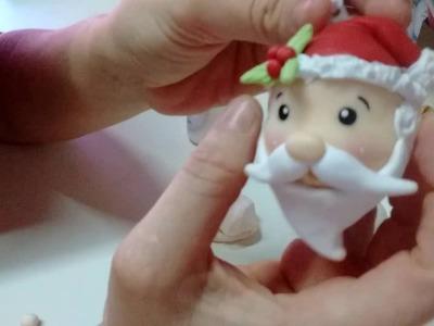 Papai noel enfeite de árvore de natal.