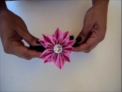 Flor de cetim rosa