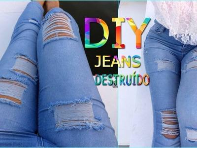 Como rasgar o seu  jeans (Destoyed Jeans)