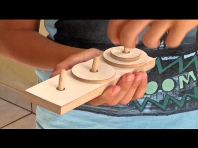 Pai e filho na arte da produção de brinquedos artesanais -  Jornal Futura - Canal Futura