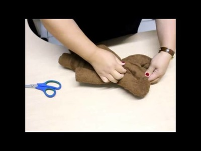 Como Fazer um Urso com Toalha de Banho.