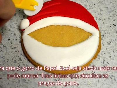 Biscoitos decorados como Papai Noel para o Natal