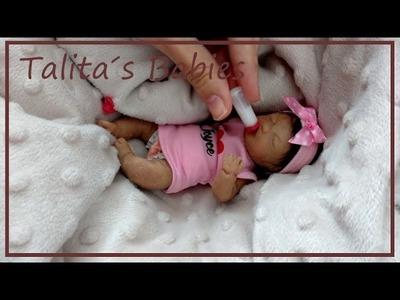 Simulação de entrega do mini bebê de silicone
