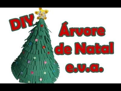 Árvore de Natal com e.v.a. e garrafa pet - Veja como fazer