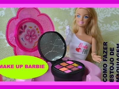 Como fazer maquiagem para suas bonecas. E bjinhos para as amigas no final do video