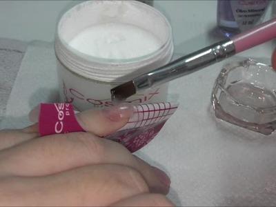 Passo a passo: Como fazer unhas de porcelana em casa DIY (com legenda)