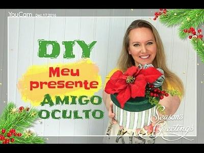 AMIGO OCULTO DIY. CAIXA DECORADA COM MATERIAL RECICLADO