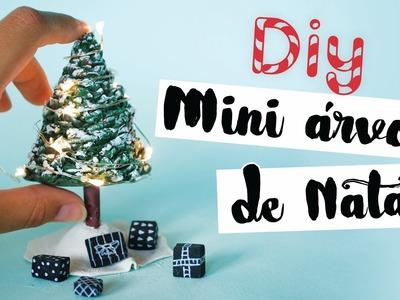 DIY: Mini Árvore de Natal com Mini Presentes! Por Isabelle Verona