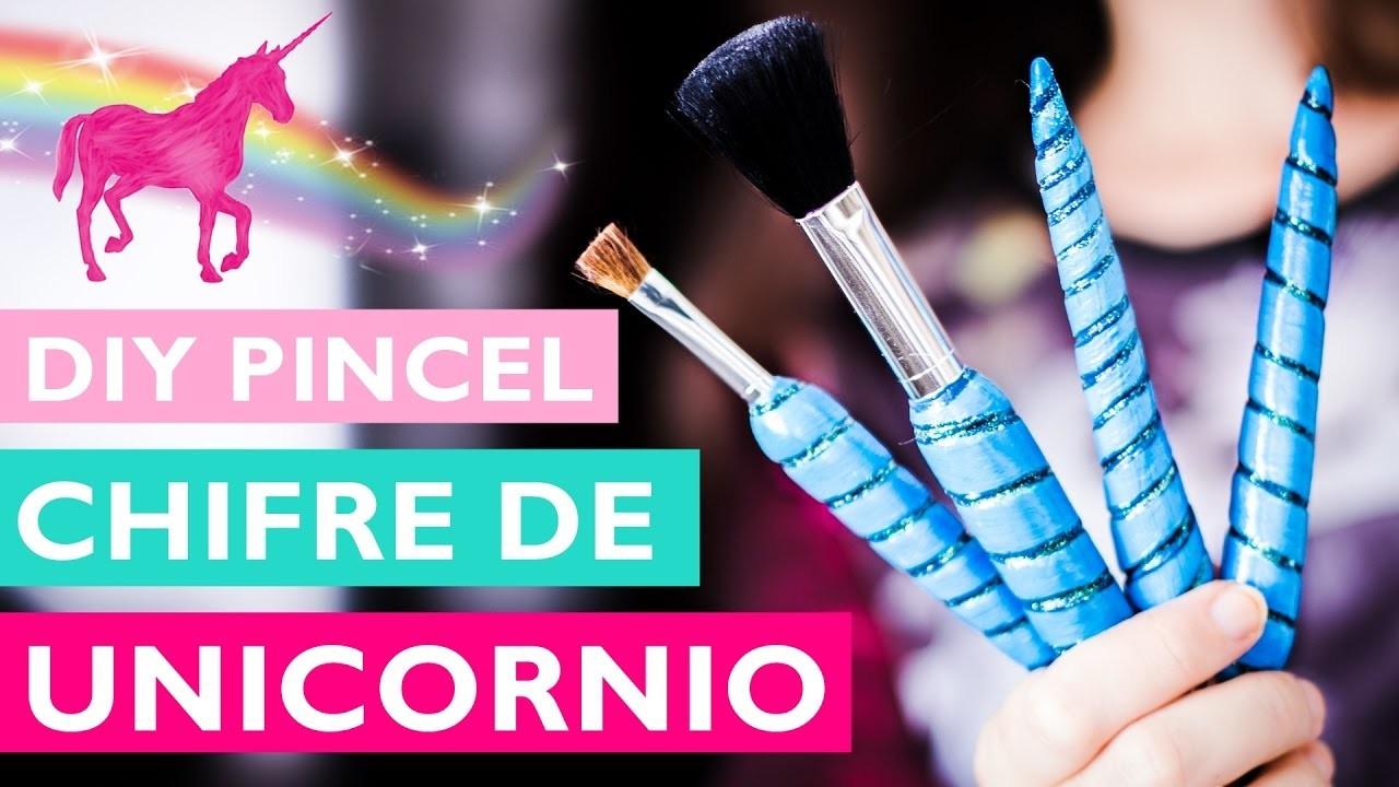 DIY PINCÉIS CHIFRE DE UNICÓRNIO para maquiagem (Unicorn brush) ft. Suelen Candeu.
