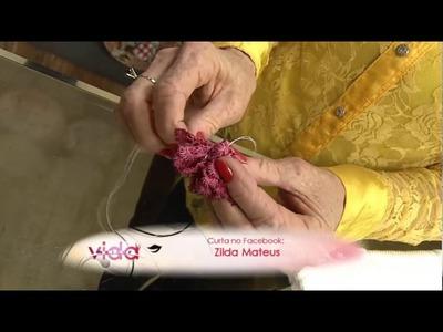 Aprenda a bordar uma flor anêmona em toalha de rosto!