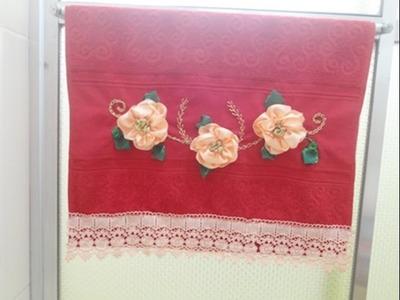 Especial de Natal - Presente Natalino -  bordado com fita de cetim