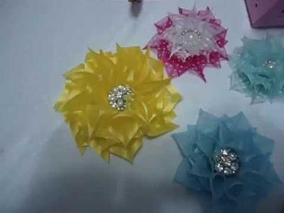 Como fazer a  flor de fitas ( flor Primavera)