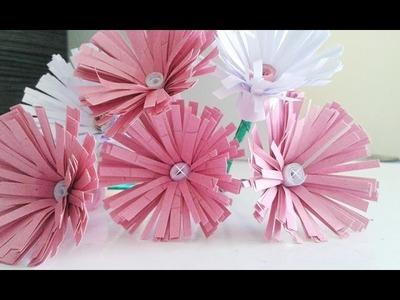 Como fazer flores de papel? Muito fácil, confiram