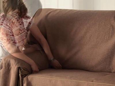 Capa de sofá com laços