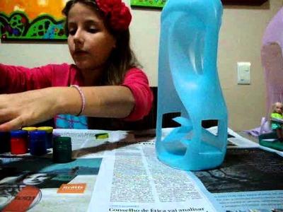 Casinha de Boneca de Garrafas de Amaciante