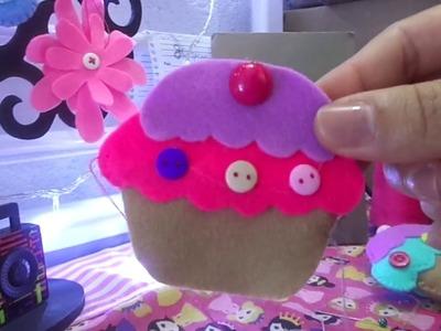 Cup cake em feltro (Mily ateliê)