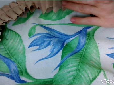 Fazendo tapete oval de biquinhos