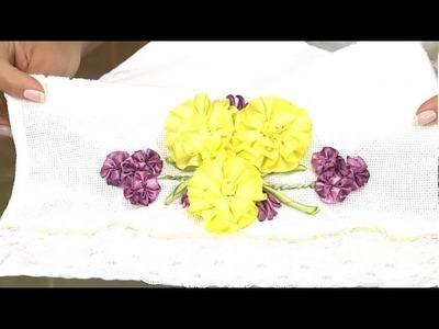 Flor dália em toalha de lavabo!