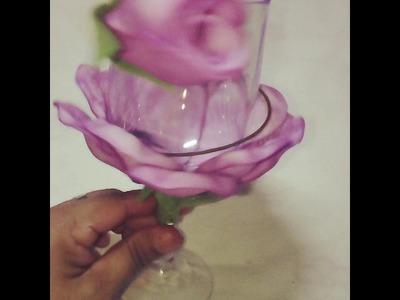 Taça decorada com flores de E.V.A