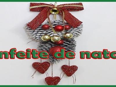 Decoração de Natal Com Pinhas para porta