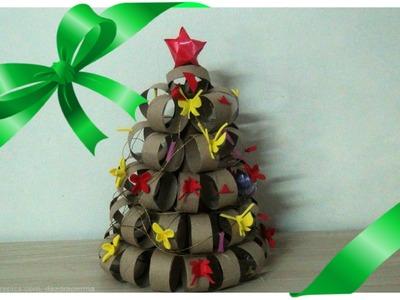 Árvore de Natal de Rolinho de Papel Higiênico
