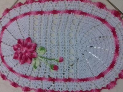 Tapete oval em crochê com aplicação de flores- Parte 2.2- com Cristina Coelho Alves