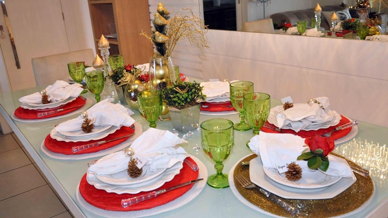Vlog: mesa posta de Natal e decoração da ceia