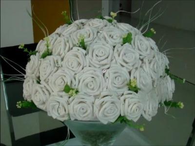 DIY:  rosas de EVA + arranjo passo a passo