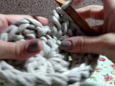 Tapete circular com fio de malha
